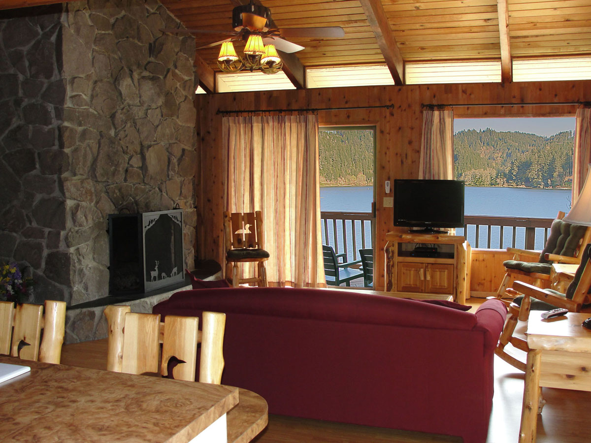 Oregon Coast Cabins Rv Sites Yurts Loon Lake Lodge
