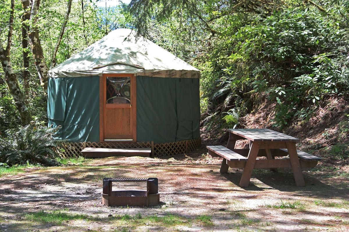 oregon coast cabins rv sites yurts loon lake lodge